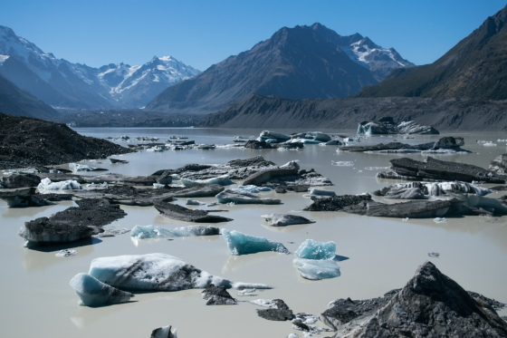 Mount-Cook-Ice-Melting-1