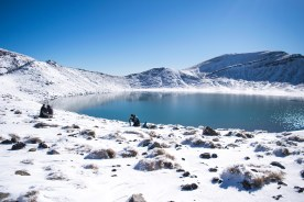 Tongariro-Hiver-Blue-Lakes-Winter