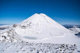 Tongariro-Hiver-Blue-Mont-Doom-Winter